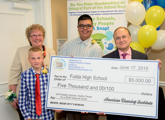 SNAP2015 giant check